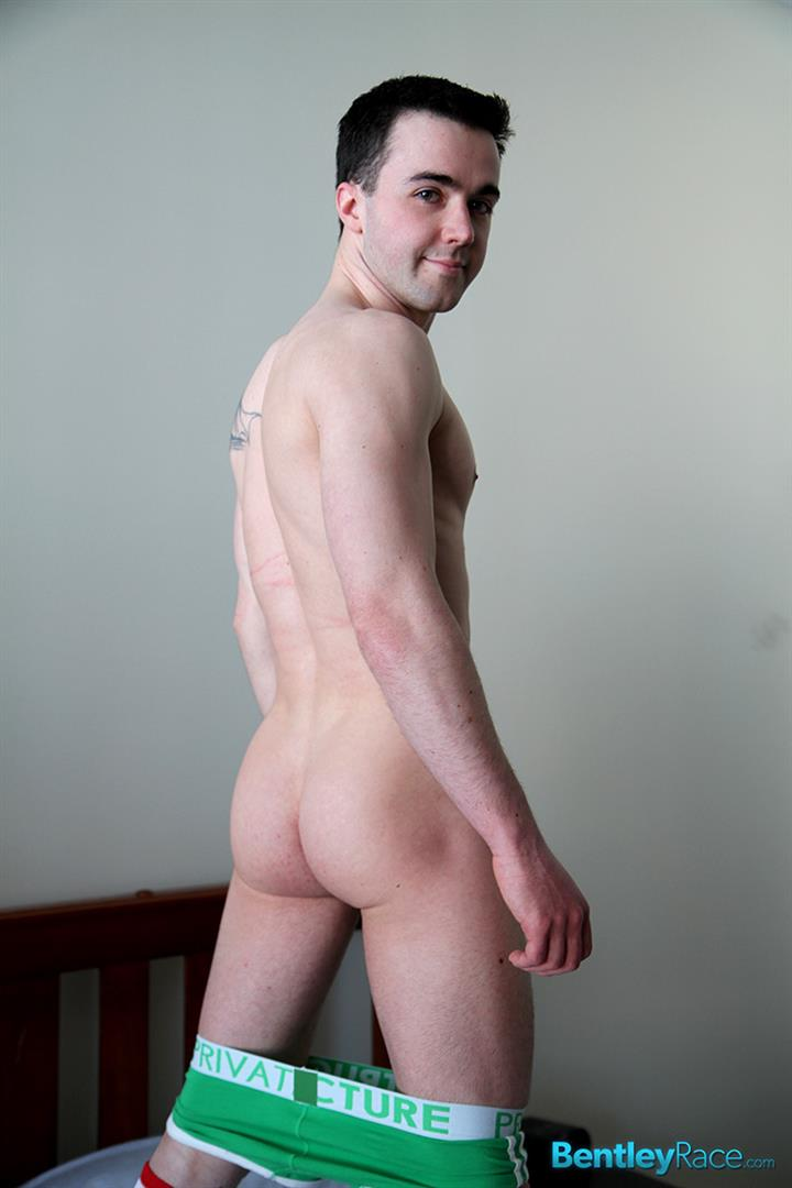 Bentley-Race-Kyle-Grayson-British-Muscle-Twink-With-A-Big-Uncut-Cock-Amateur-Gay-Porn-08 British Muscle Twink With A Big Uncut Cock Shoots A Big Load