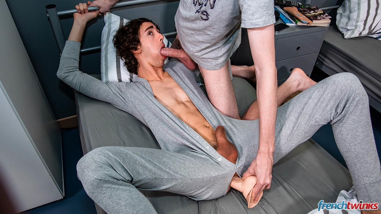 French-Twinks-Paul-Delay-and-Clark-Lewis-Big-Uncut-Cock-Fucking-Free-Download-13 French College Roommates With Big Uncut Cocks Hookup