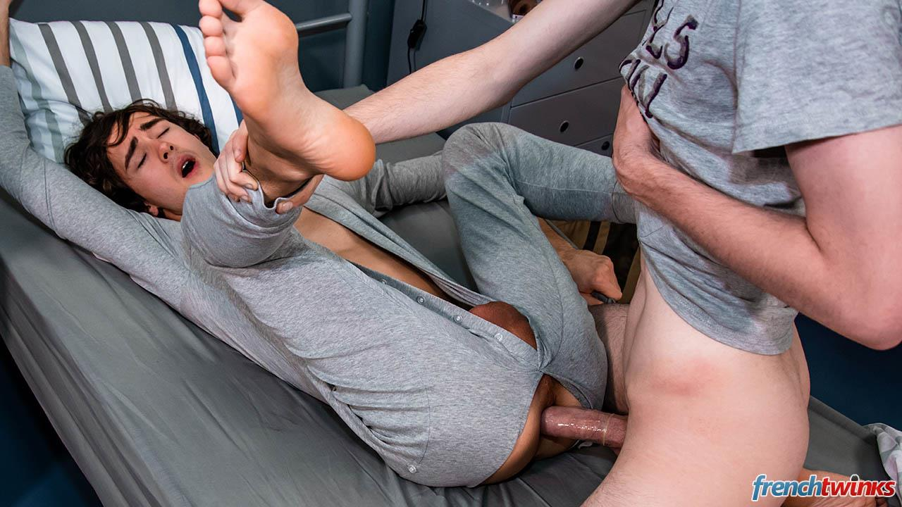 French-Twinks-Paul-Delay-and-Clark-Lewis-Big-Uncut-Cock-Fucking-Free-Download-21 French College Roommates With Big Uncut Cocks Hookup